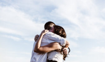 10 Ways To Make Your Long Distance Boyfriend Miss You More